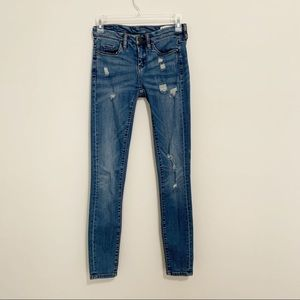 Blank NYC Skinny Classic Mid Rise Ripped Jeans 25